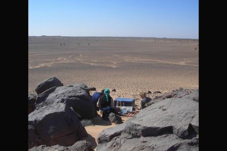 06. Breakfast in front of a palaeolake .jpg
