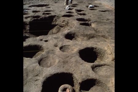 07. Greniers sur la necropole orientale .jpg