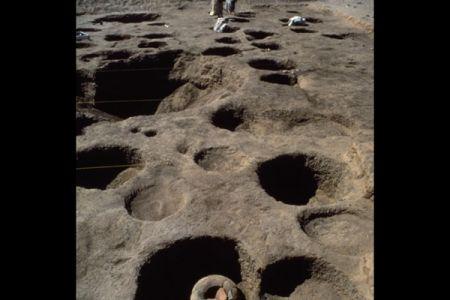 06. Greniers sur la necropole orientale .jpg