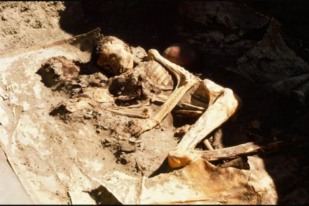 05. Burial of the archer, Early Kerma .jpg